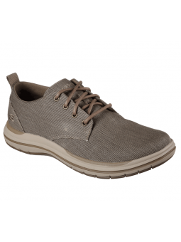 Zapato casual Skechers 65388 Classic Fit color BRN