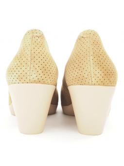 Zapato de salón LINCE by GIANNI ZENNA modelo 83711 color camel, vista del talón