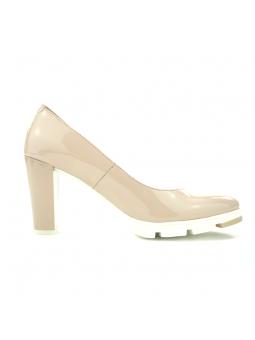 Zapato de salón YOKONO modelo WALIS en color Beig, lateral exterior