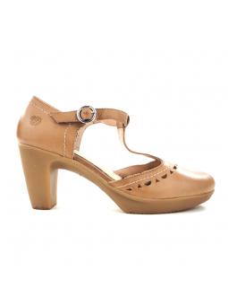 Zapato de YOKONO modelo TILSA color tierra, vista lateral exterior