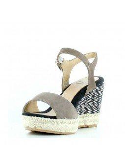 Comprar Alpargata Toni Pons Carácter Mediterráneo, modelo Espardeña Alexia, color taupe, sandalia con cuña alta, vista ladeada