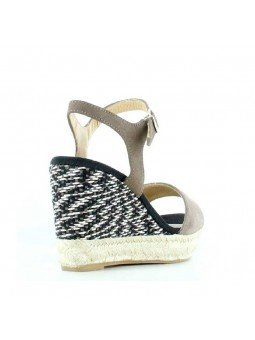 Comprar Alpargata Toni Pons Carácter Mediterráneo, modelo Espardeña Alexia, color taupe, sandalia con cuña alta, vista del talón