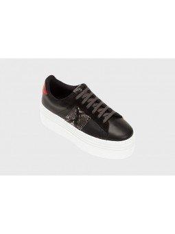 Comprar Online Zapas Victoria con plataforma, modelo 105110 en piel, color negro