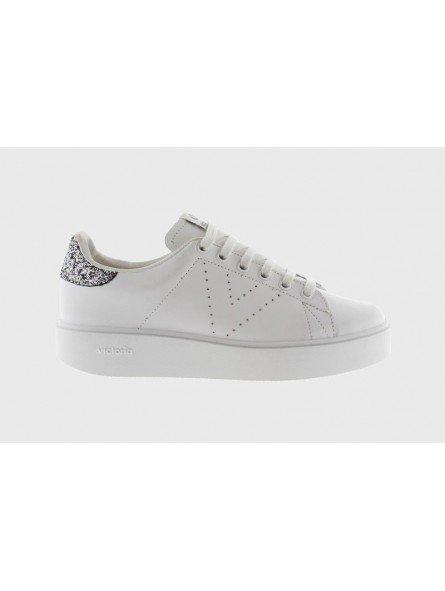 Comprar Online Zapatillas Victoria tipo tenis, de piel, con plataforma, modelo 260115, color blanco, lateral exterior