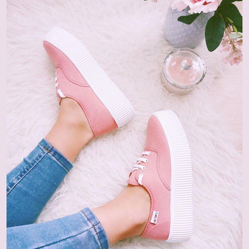 Comprar Online Zapatillas Victoria clásicas, Ingesas con cordón y plataforma 4 centímetros, modelo 116100, color nude, portada