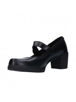 Comprar Online Zapatos Yokono Shoes con tacon ancho, modelo Dana 010, color negro, vista lateral interior