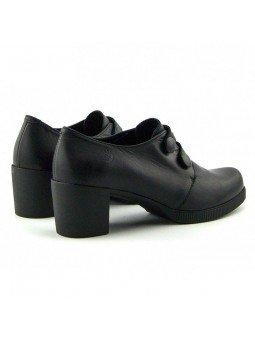 Comprar Online Zapatos Yokono Shoes con tacon ancho, modelo Dana 008, color negro, vista talon