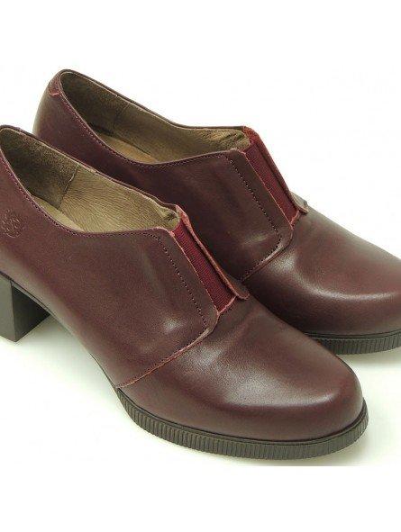 Comprar Online Zapatos Yokono Shoes con tacon bajo en goma, modelo Jane 008, color burdeos