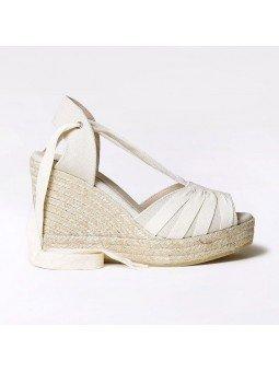 Comprar Online Alpargatas Toni Pons con cuña alta, modelo espardeña Pals, con tiras, color crudo, vista lateral exterior