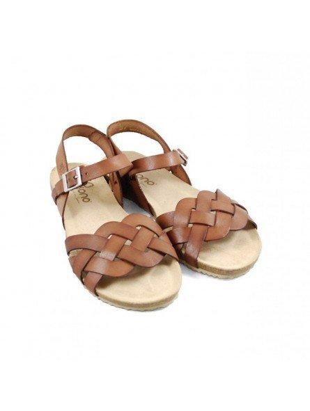 Comprar Online Sandalia plana Yokono Shoes, cangrejera modelo Genova 085, color nuez, vista frontal