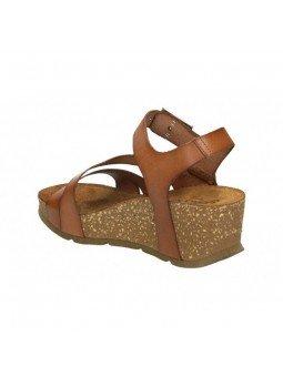 Comprar Online Sandalia con plataforma Yokono Shoes, modelo Bari 002, color nuez, vista del talón