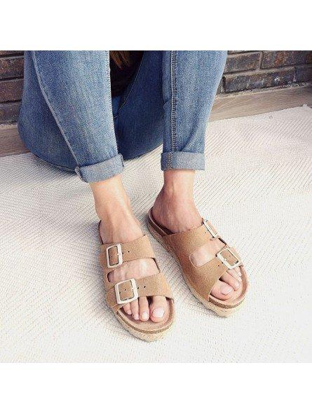 Comprar Online Sandalia con plataforma Yokono Shoes, modelo Java 066, color tierra, vista portada