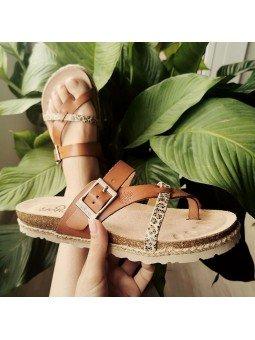 Comprar Online Sandalia plana Yokono Shoes, modelo playera Chipre 101, color nuez, vista portada