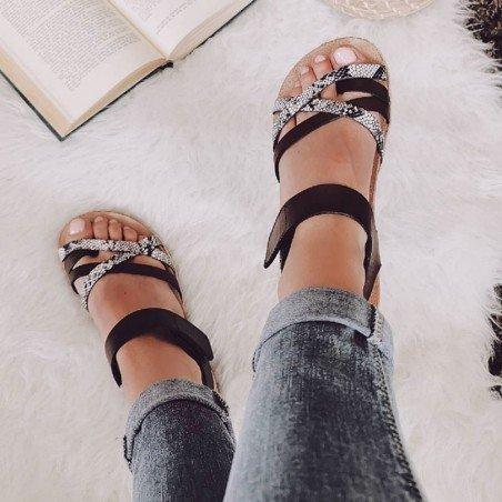 Comprar Online Sandalia plana Yokono Shoes, modelo Chipre 149, color marrón, vista portada