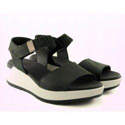 Sandalia con plataforma Sergiotti by calzature, modelo 8-216, color negro, vista duo
