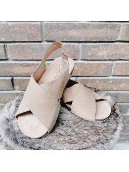 Comprar Online Sandalia plana Yokono shoes, color camel, modelo Ibiza 125, vista frontal