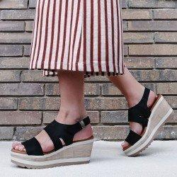 Sandalia con plataforma alta  Sergiotti by calzature, modelo 47-219, color negro, vista portada