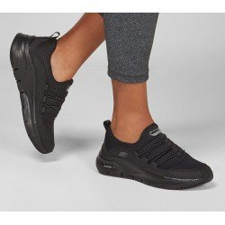 Zapatillas deportivas Skechers Arch Fit Lucky Thoughts 149056 BBK Negro, con cordones elásticos. vista Outfit.