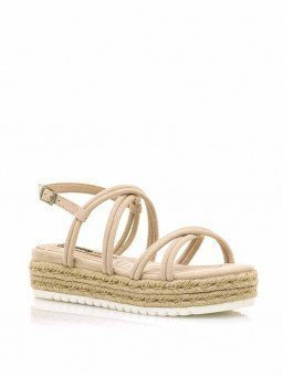 sandalias plataforma plana, tiras cruzadas, mustang lisa 50768, cierre hebilla, color arena beige, vista portada