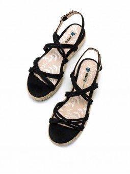 sandalias plataforma plana, tiras cruzadas, mustang lisa 50768, cierre hebilla, color negro, vista superior