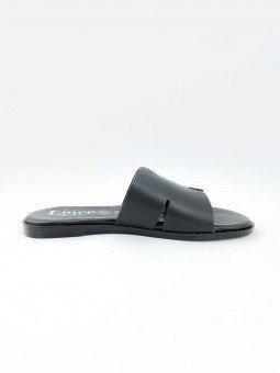 Sandalia plana Lince, tipo pala hermes, color negro, modelo 12007, plantilla acolchada. vista lateral interior