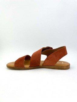 Sandalia plana Lince, modelo 07905, piel serraje, color teja, plantilla acolchada, hebilla dorada. vista interior