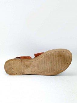 Sandalia plana Lince, modelo 07905, piel serraje, color teja, plantilla acolchada, hebilla dorada. vista suela