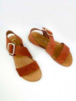 Sandalia plana Lince, piel serraje, color teja, plantilla acolchada, modelo 07905, hebilla dorada. vista general