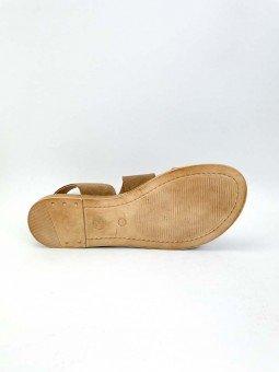 Sandalia plana Lince modelo 07905, piel serraje, color marron, plantilla acolchada, hebilla dorada. vista suela